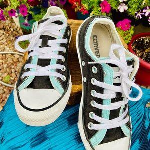 Double Tongue Converse Sneakers Sz 7